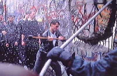 ベルリン壁ハンマー